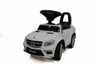 Машина-Толокар RiverToys Mercedes-Benz A888AA Белый